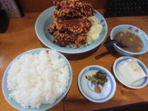 【デカ盛り】ボリューム満点!鶏のから揚げ定食(三代目蝦夷/埼玉県坂戸市)