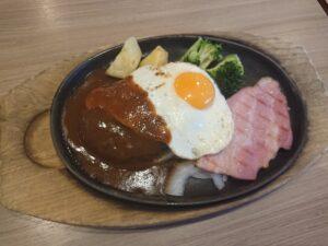 目玉焼きハンバーグ&厚切りベーコンランチ(ステーキのどん幸手店/埼玉県幸手市)